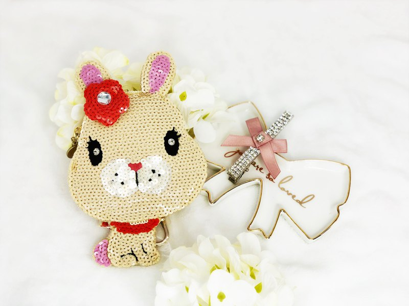 Coin Bag + Hair Clip Special Promotion Set (Beige)