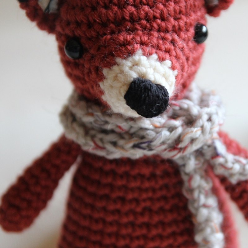 Reddish brown Fox + scarf