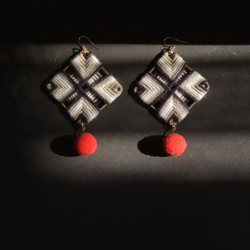 Wool square black and white woven earrings