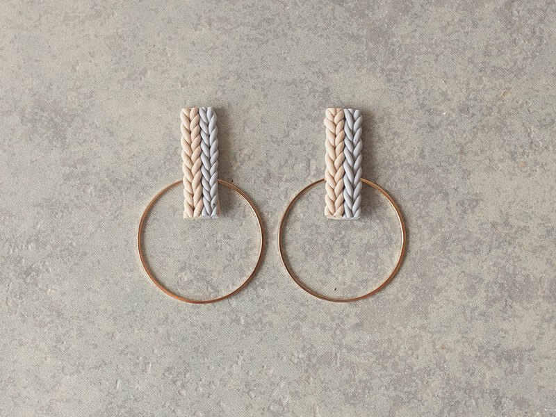 1 point only / knit and hoop earrings / earrings