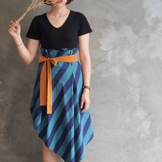 Wide striped irregular skirt // blue purple