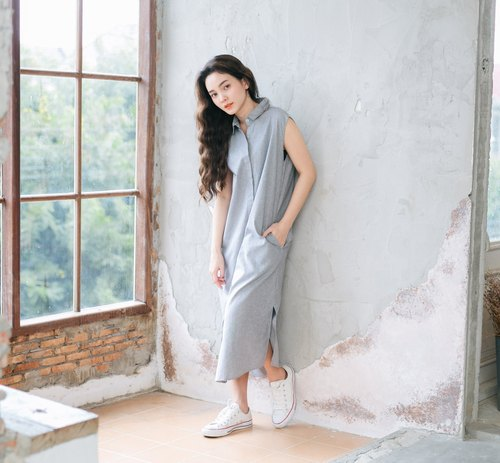 Sleeveless Dress - Smokey