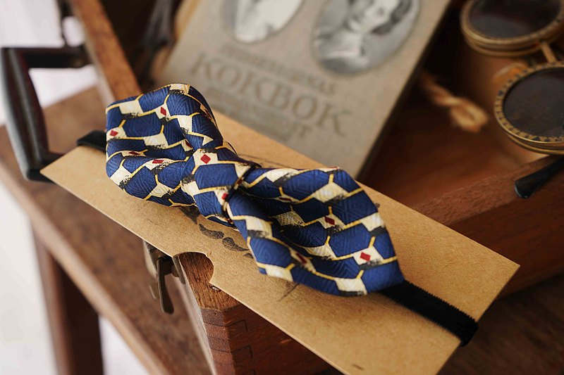 Handmade antique tie to transform retro bow tie-Bi Hai Lan Le Le Bleu-wide version