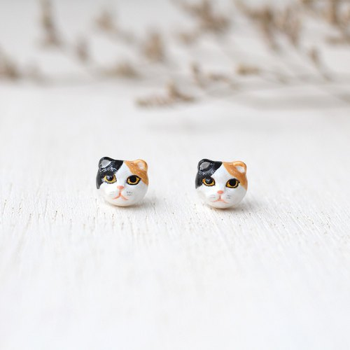 Scottish fold cat earrings, Cat Stud Earrings, calico cat earrings