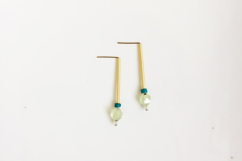 Rock sugar natural stone brass earrings