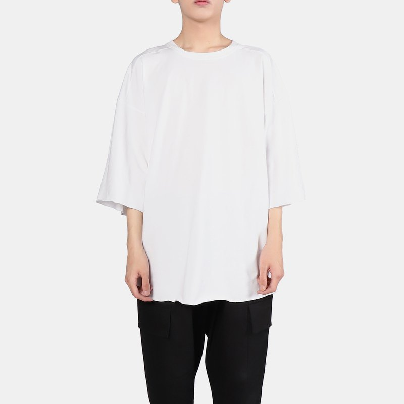 OVERSIZE does not close the six-point sleeve T