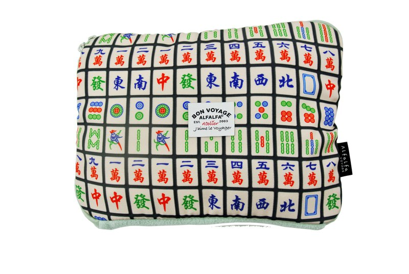Travel Foldable Ultra Light Blanket - Mahjong