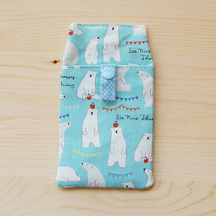 Apple Polar Bear_Blue Pocket Pencil Case
