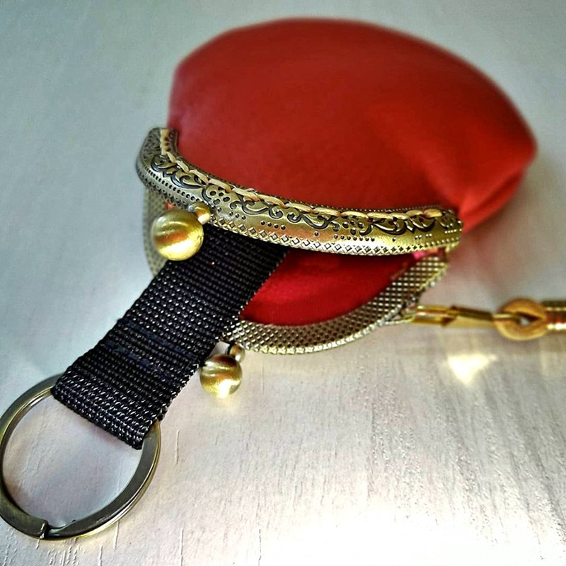 【MY。手作】leather frame key holder / kiss lock pouch ~ RED