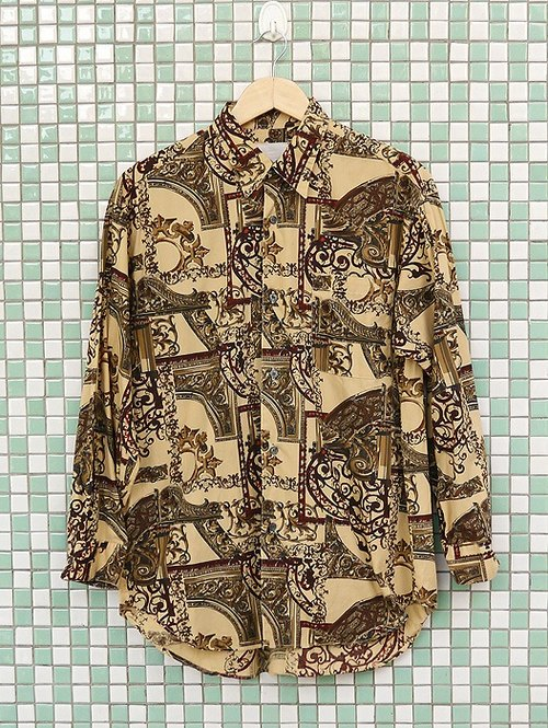 ♦♦ ◈ invincible children music vintage Japanese input line ◈ ♦♦ classic vintage warm Roman Baroque carved antique pattern cotton shirt
