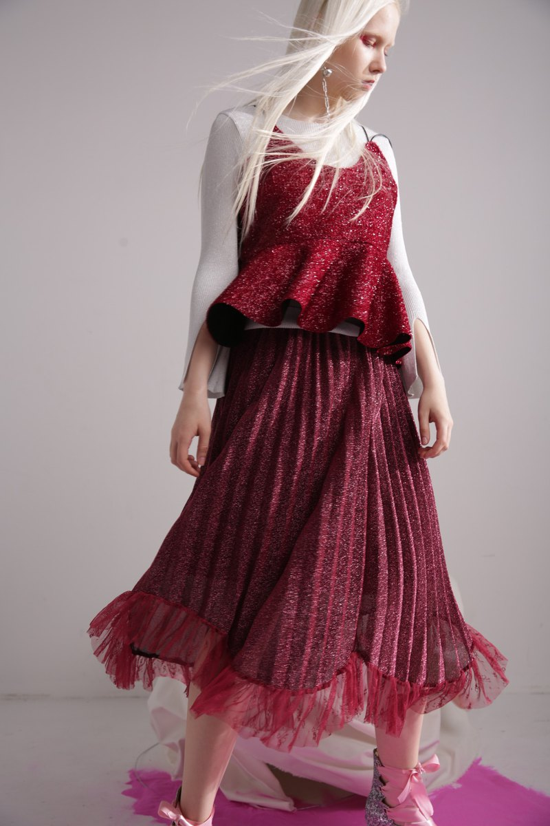 Pleated skirt dress ruffled wine red silver skirt