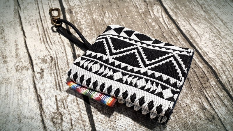 AMIN'S SHINY WORLD hand-made national wind coarse braided key bag (customer direction)