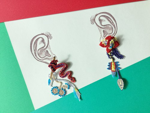 ARRO Embroidery Earrings / Garden red