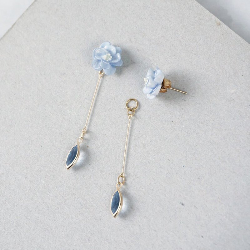 =Flower Piping= Two Way Drop Earrings/ Clip on  Customizable