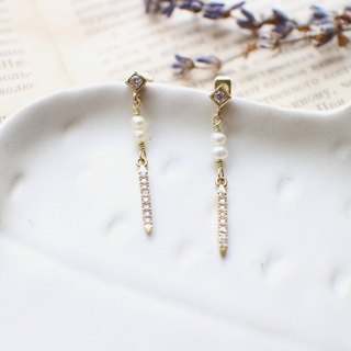 Little pearls-zircon pearl brass earrings