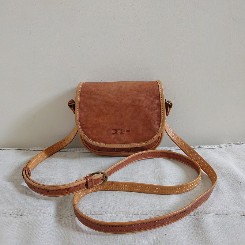 Leather bag_B069_BREE