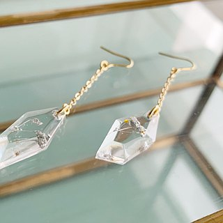 Swing drop shape earrings of Silver Babys breath