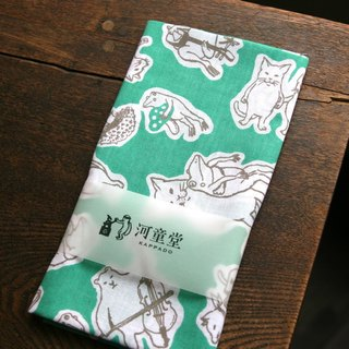 Cat and frog towel towel green