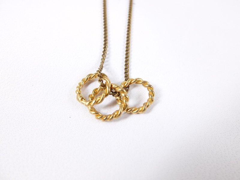 Circle brass necklace
