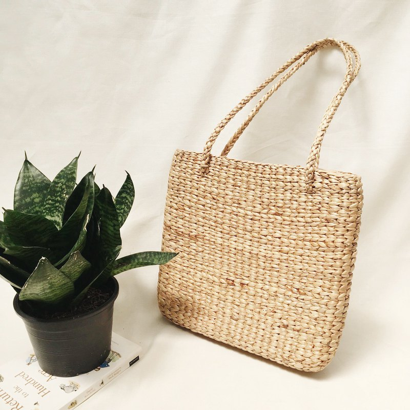 Natural Straw Totebag