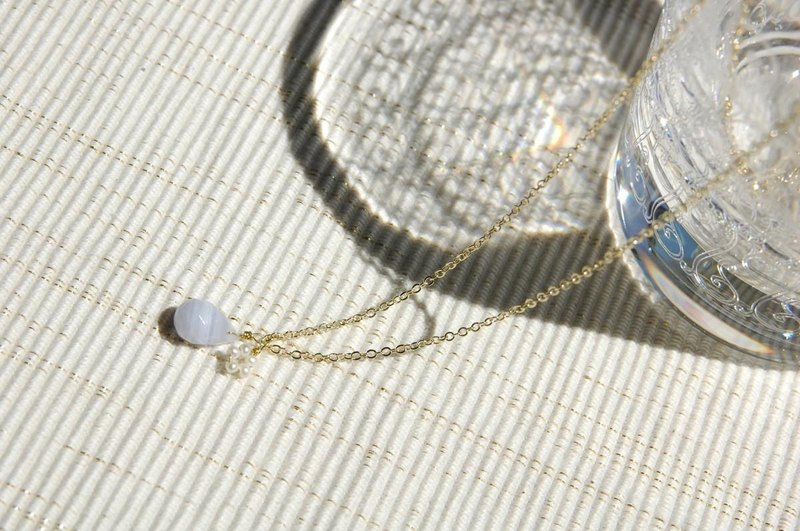 Drop and Flower Pearl Necklace (Blue Lace)