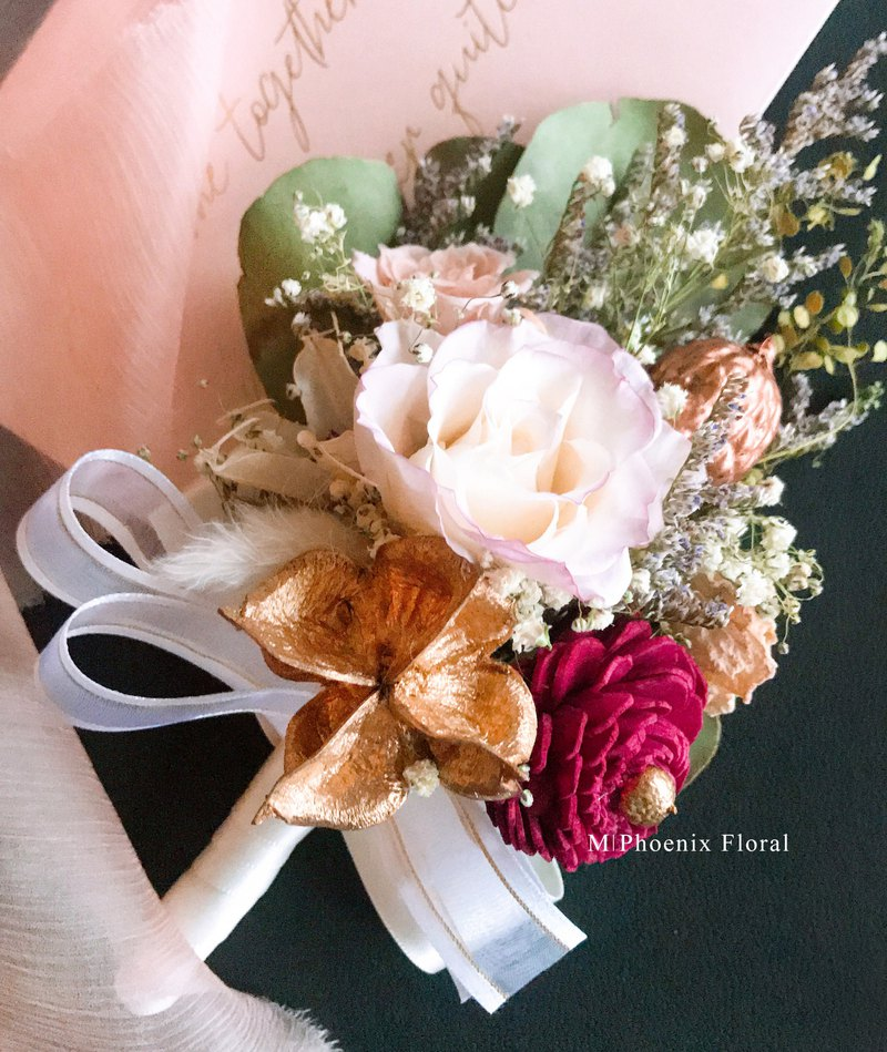 Phoenix Pure and Happy Corsage / No Withering / Dry Flowers / Groom Boutonniere