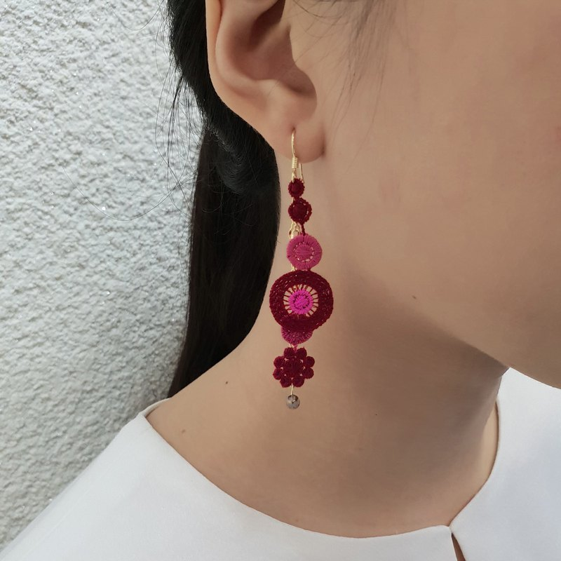Pop style embroidered earrings ear hook / ear clip