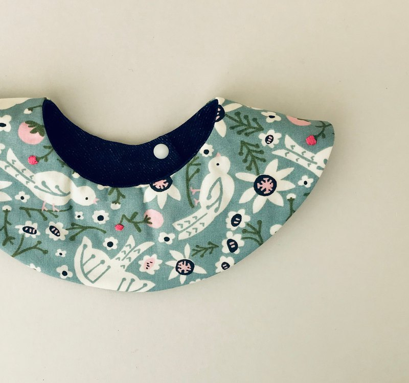 Hand embroidered bird-patterned collar bib