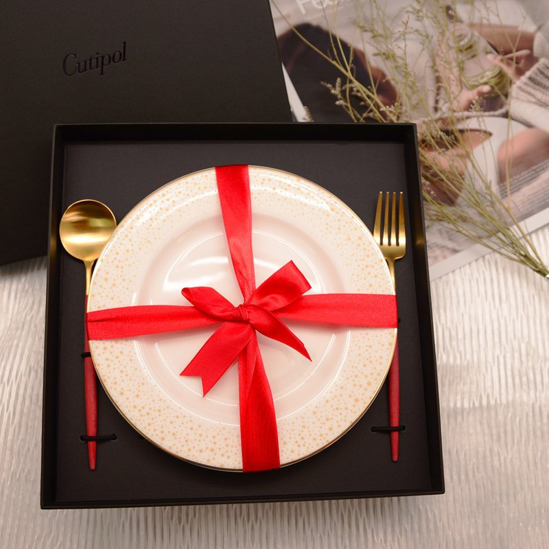 |Christmas Gift Set | GOA Red Gold Dim Sum Spoon Plus Star Dessert Plate - 3 into a group - original boxed