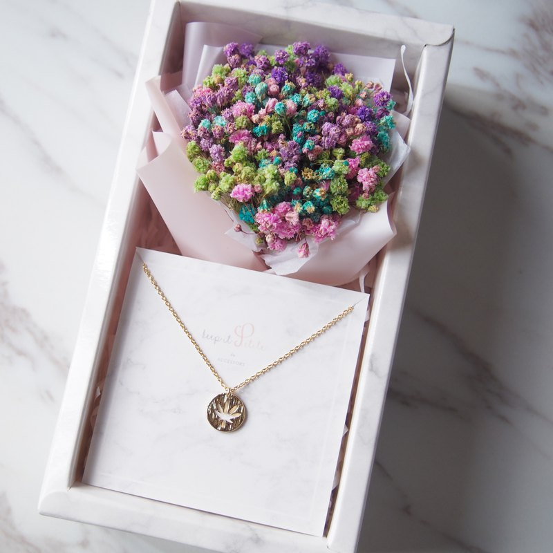 [Cloud stone gift box set] color dry star bouquet + double-sided maple leaf gold-plated necklace