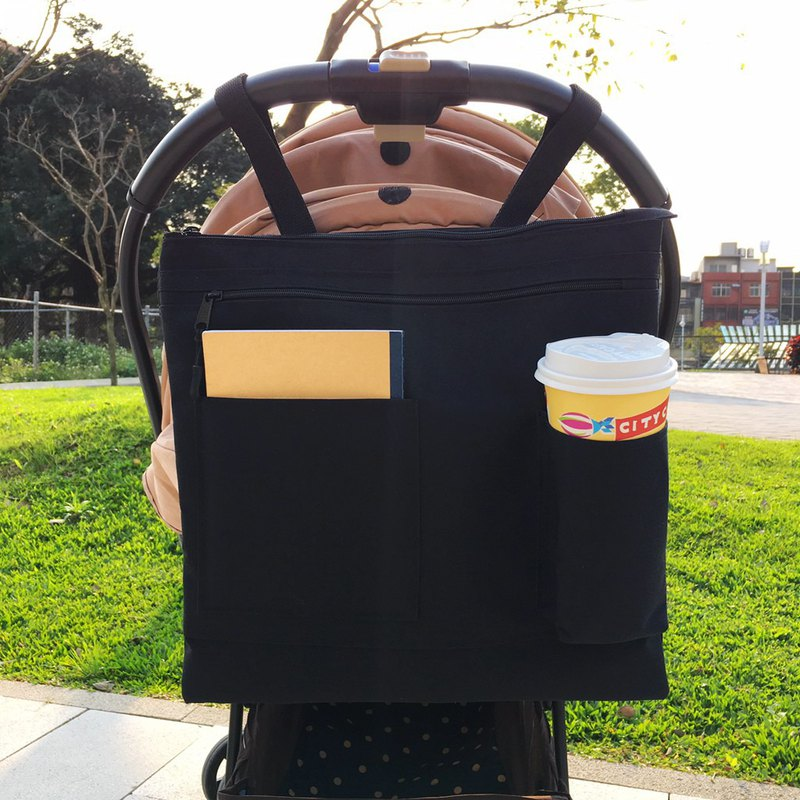Baby stroller with hanging storage bag beverage bag