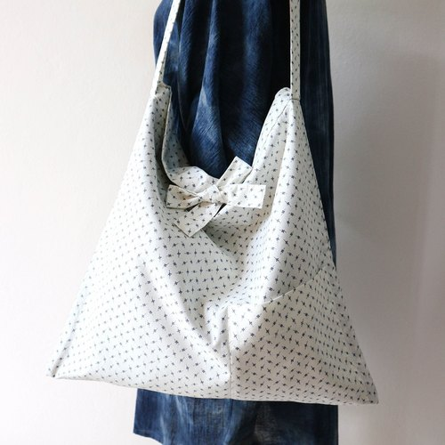 Japanese Tote Bag.Inside out bag.Handmade bag. Little navy blue star pattern. Cotton fabric.
