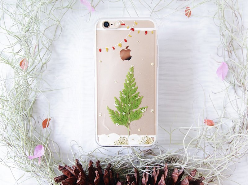 圣诞树干花手机壳 • Christmas Tree Handpressed Flower Phone Case