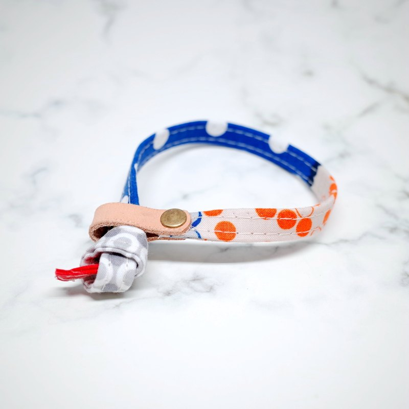 Cat collars, French style, blue & orange dots_CCJ090442