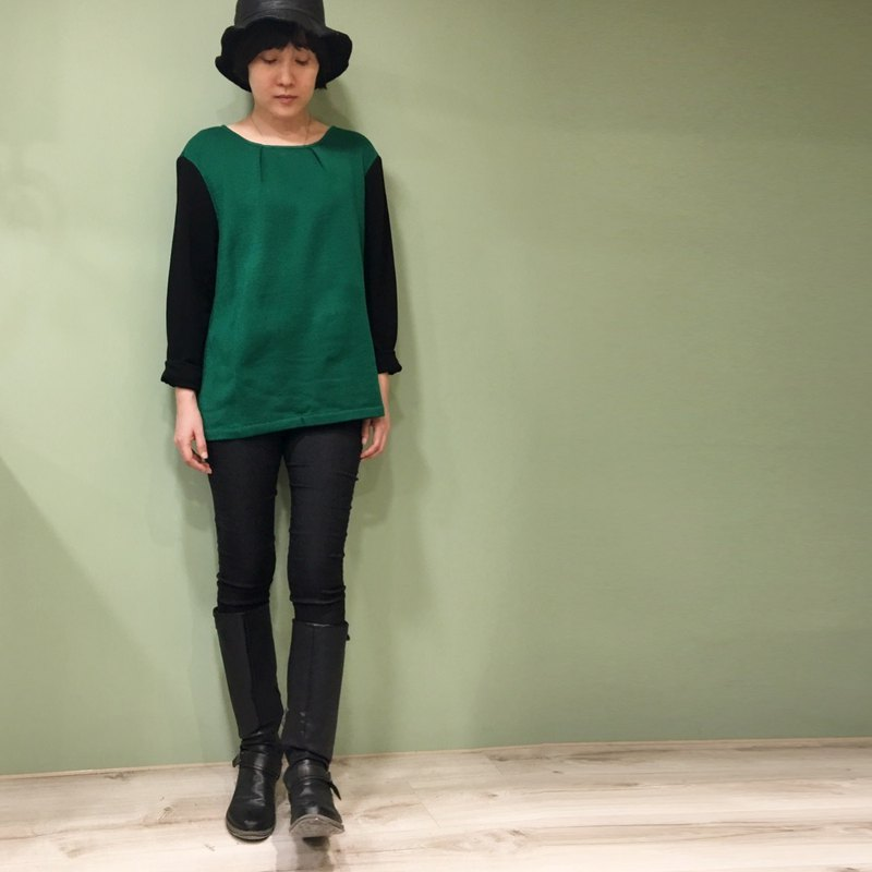 [TOP] Double Fold Short Sweater _ Green + Black