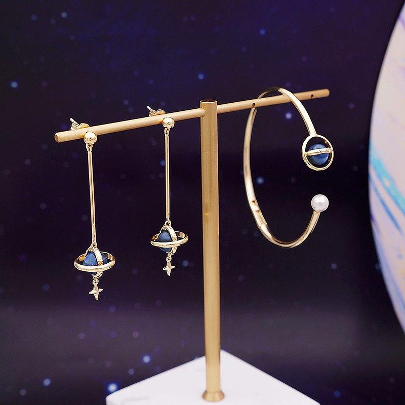 IZZMI 藍晶 立體星球手鐲 手環 星月星空水晶  原創設計禮物