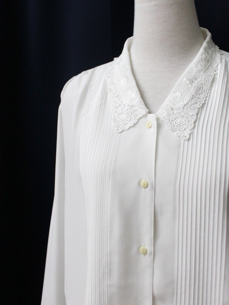 【RE0916T246】 early autumn Japanese system of fresh forest line elegant lace lapel white ancient shirt