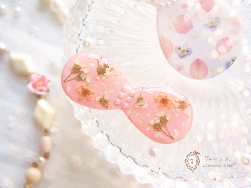 Ice Series / small pink Narcissus Ice hairpin