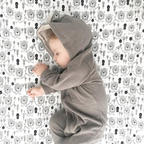 Mister Fly baby bed cover hand-drawn lion MFLY114