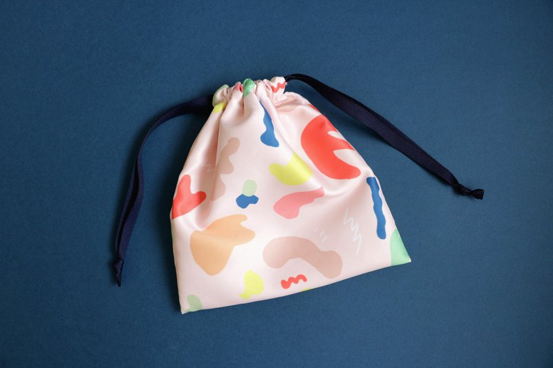 Hsin Hsiu Yao geometric beam storage bag