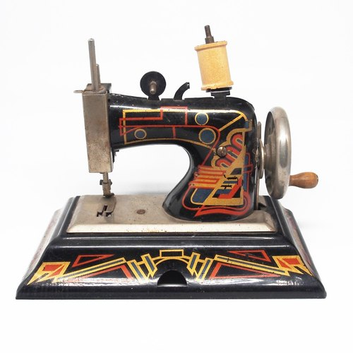 1920s Art Deco Art deco Casige Toy Sewing Machine small antique sewing machine