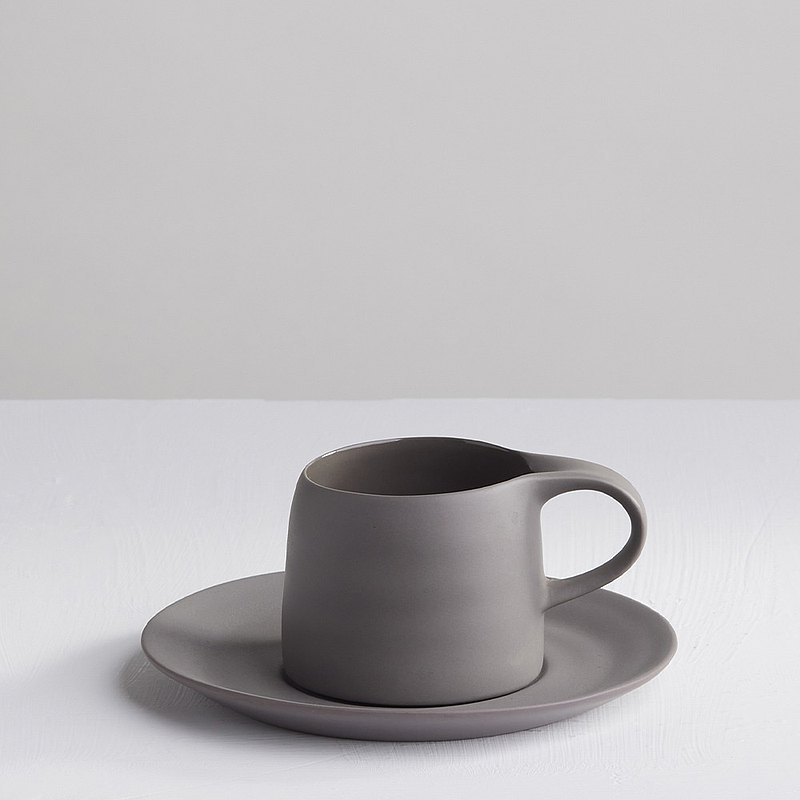 [3, co] Kabuqinuo Cup and Saucer Set (2-piece) - Ash