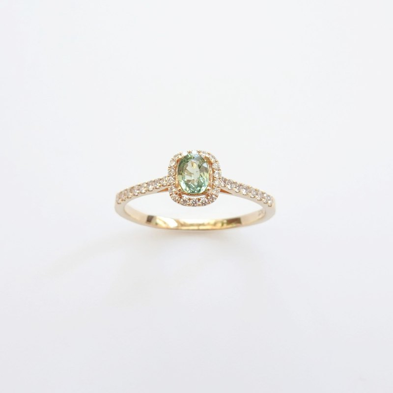 Natural Green Sapphire Oval Shaped Halo Diamonds 14K / 18K Solid Gold Ring