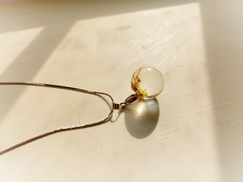 Autumn Floral Crystal Ball Clavicle Necklace