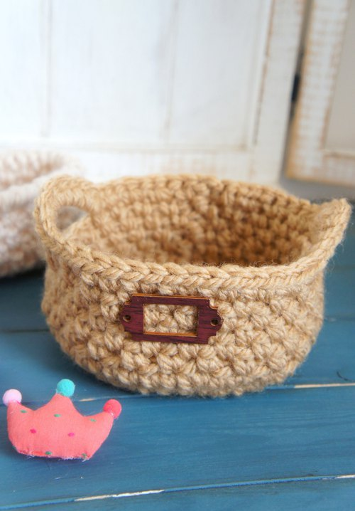 Guest book ~ hand-woven grocery round handle basket (size two size) / small object storage / photo props ~