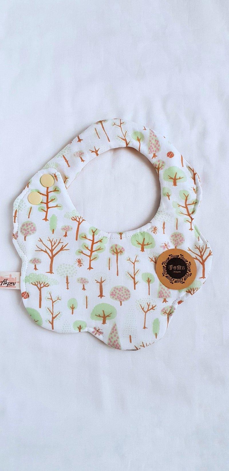 森林小樹-淡綠色-八層紗100%cotton雙面隨性圓弧造型圍兜.口水巾