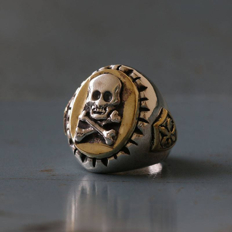Mexican Biker Ring sterling silver Vintage skull crossbones pirate Caribbean man