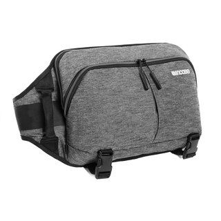 [INCASE]Reform Sling Pack 12吋Sleek minimalist oblique back pencil case (hemp black)