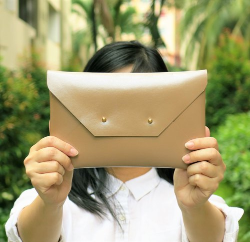 Beige Glossy Leather Envelope Clutch, bridesmaid clutch, leather bag, MEDIUM