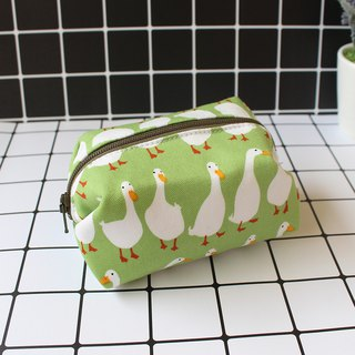 Goose goose goose style purse / storage bag